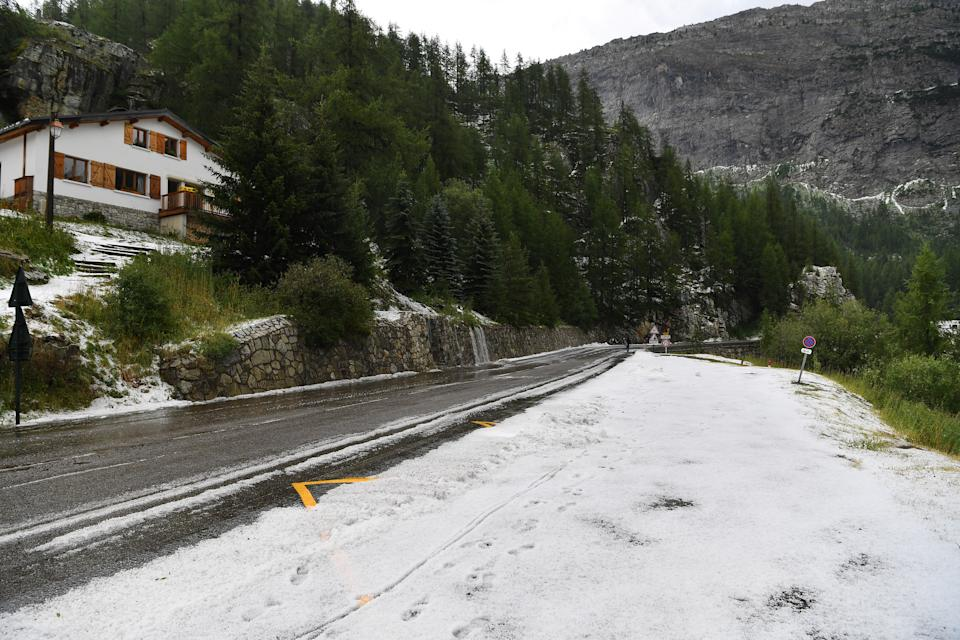 TIGNES, FRANCE - JULY 26: Stage neutralized - canceled due to snow and hail in the final 20km to finish-line / during the 106th Tour de France 2019, Stage 19 a 126,5km stage from Saint-Jean-de-Maurienne to Tignes 2113m / TDF / #TDF2019 / @LeTour / on July 26, 2019 in Tignes, France. (Photo by Tim de Waele/Getty Images)