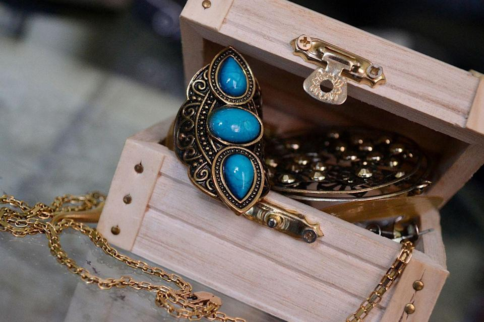 <p>You don't need diamonds to make a little dough off of your jewelry. Old costume jewelry from designers like Elsa Schiaparelli are auctioned off at high price tags. </p><p><strong>What it's worth: </strong>Up to $2,000<br></p>