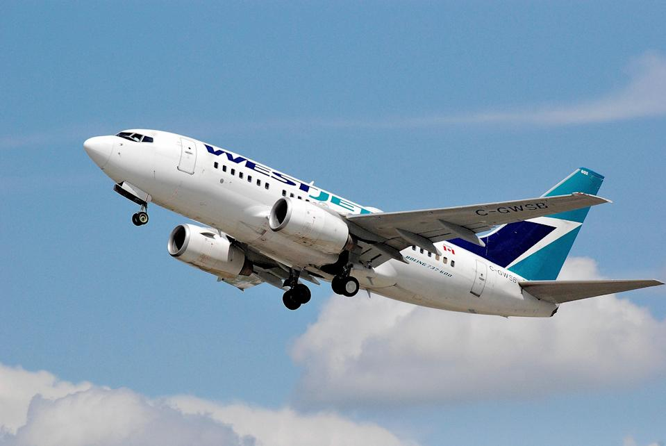 A passenger has accused WestJet of outing her as a trans woman. (Photo: Ziggy1/Getty Images)