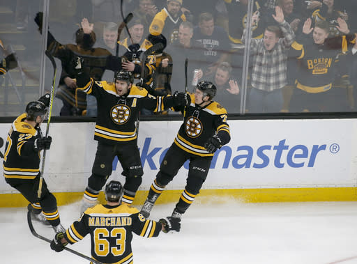 Bergeron, Bruins rally past Panthers to extend points streak