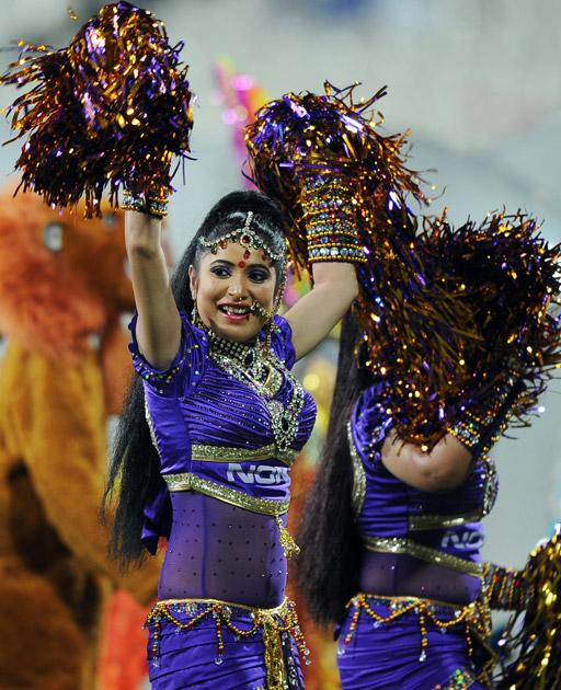 Dancers perform a routine before the start of the IPL Twenty20 cricket match between Kolkata Knight Riders and Delhi Daredevils at The Eden Gardens Cricket Stadium in Kolkata on April 5, 2012.AFP PHOTO/Dibyangshu SARKAR (Photo credit should read DIBYANGSHU SARKAR/AFP/Getty Images)