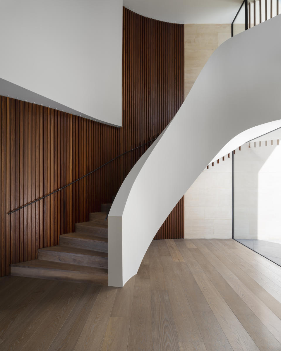 staircase ideas: contemporary curved staircase