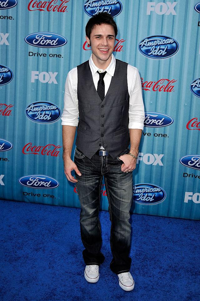 "Finalist <a href=""/kris-allen/contributor/2461090"">Kris Allen</a> arrives at the <a href=""/american-idol/show/34934"">""American Idol""</a> Top 13 Party held at AREA nightclub on March 5, 2009 in Los Angeles, California."