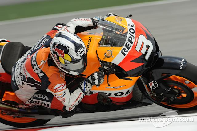 "#3 Dani Pedrosa (MotoGP) - 2009 <span class=""copyright"">Bridgestone Corporation</span>"