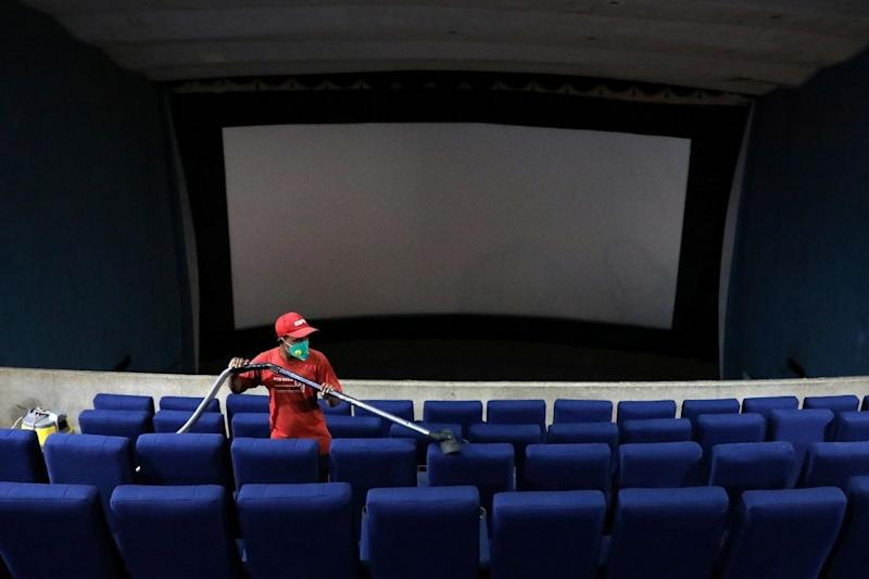 Unlock 5 Guidelines Allow Cinema Halls to Partially Open from Oct 15, Decision on Schools Left to States