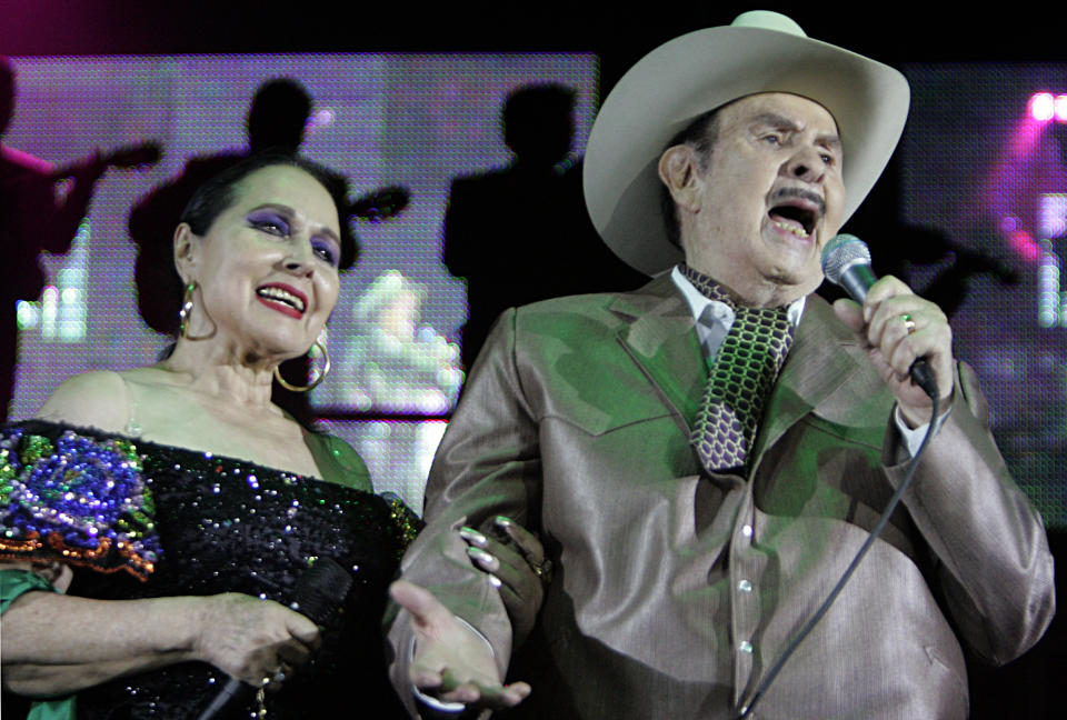 Tribute to Antonio Aguilar, legendary Mexican film/singing star at the Pico Rivera Sports Arena. Antonio Aguilar brought the house down in a duet with wife Flor Silvestre.  (Photo by Lawrence K. Ho/Los Angeles Times via Getty Images)