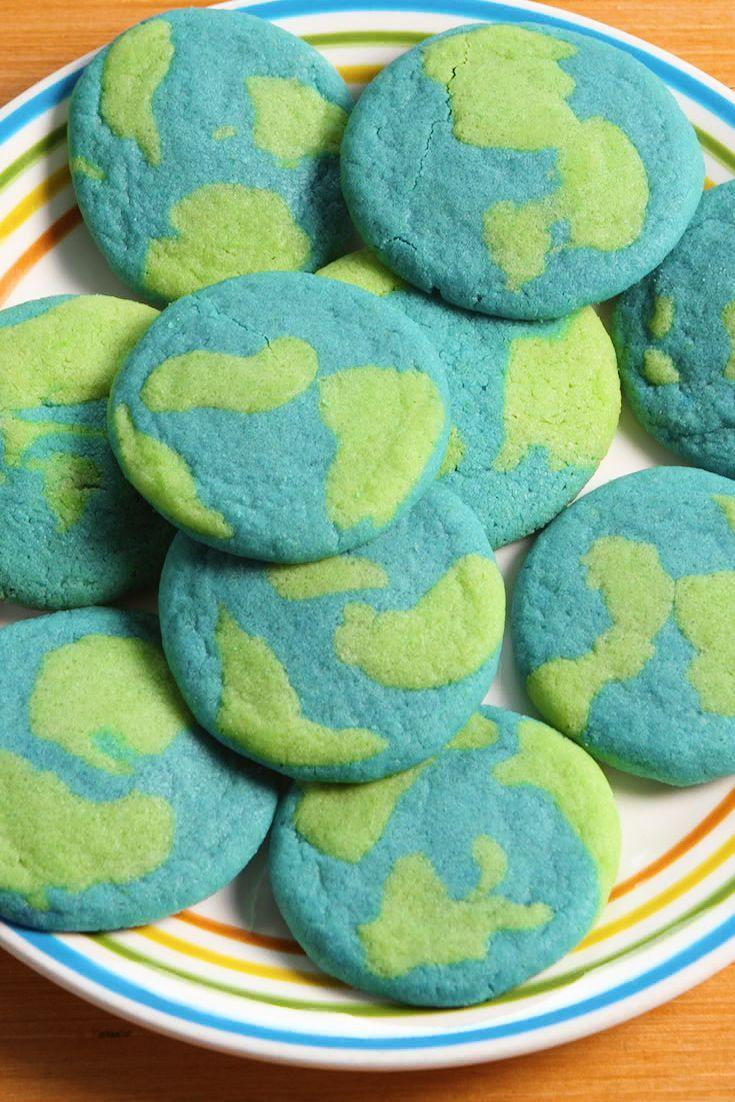 "<p>The easy hack for making these is outta this world.</p><p>Get the recipe from <a href=""https://www.delish.com/cooking/recipe-ideas/recipes/a52657/earth-day-cookies-recipe/"" rel=""nofollow noopener"" target=""_blank"" data-ylk=""slk:Delish"" class=""link rapid-noclick-resp"">Delish</a>.</p>"