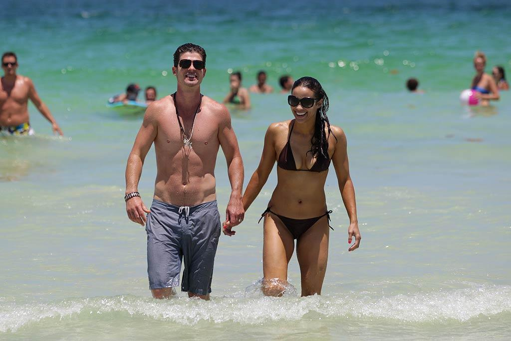 "Robin Thicke and his wife, actress Paula Patton, were snapped during a Miami Beach getaway looking hot enough to star in one of Robin's steamy music videos! Pichichi/<a href=""http://www.splashnewsonline.com"" target=""new"">Splash News</a> - July 10, 2011"