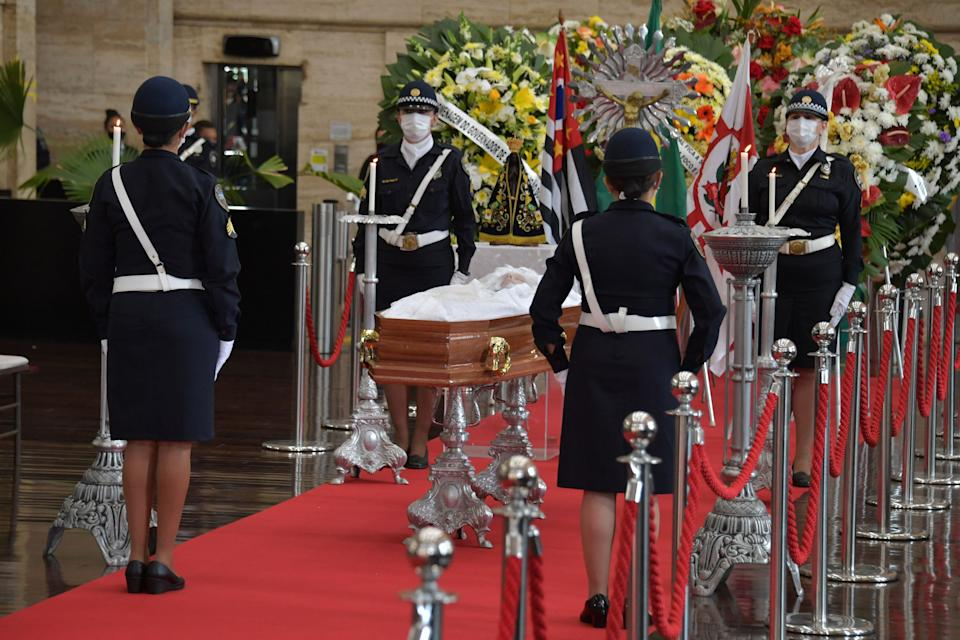EDITORS NOTE: Graphic content / View of the coffin of Sao Paulo's Mayor Bruno Covas during his funeral at the City Hall in Sao Paulo, Brazil on May 16, 2021. - The mayor of Sao Paulo, Brazil's most populous city, died Sunday after a long battle with cancer of the digestive system, the hospital where he was being treated announced. (Photo by NELSON ALMEIDA / AFP) (Photo by NELSON ALMEIDA/AFP via Getty Images)