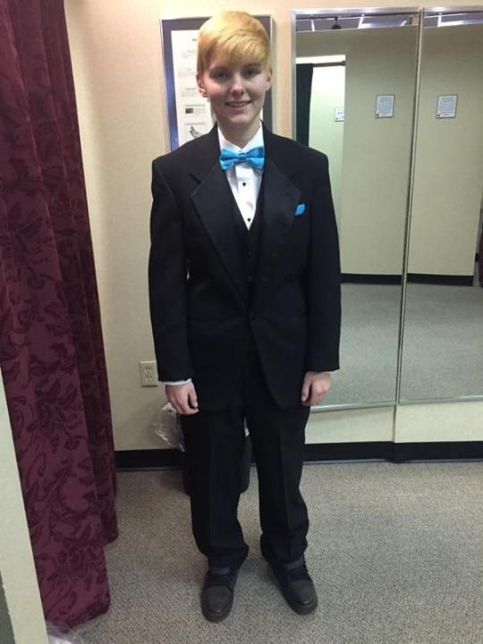 Meet the 17-Year-Old Girl Running for High School Prom King