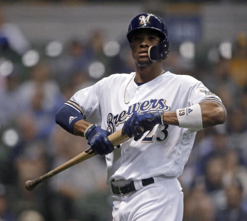 Brewers OF Keon Broxton traded to the Mets for three players