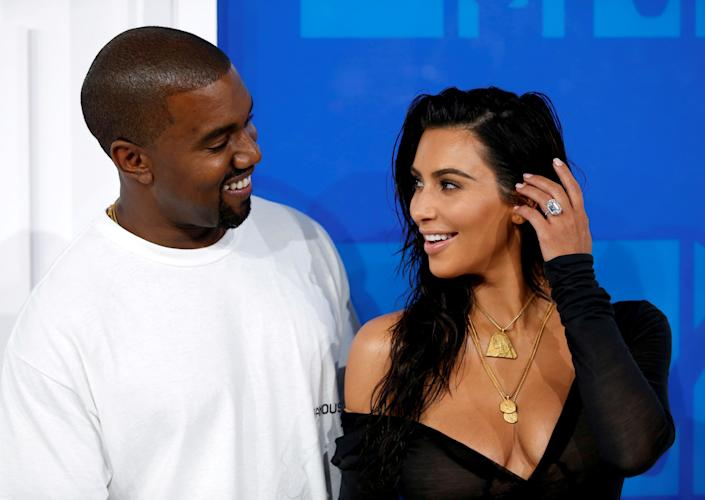 Kim Kardashian and Kanye West arrive at the 2016 MTV Video Music on Aug. 28, 2016. (Photo: Reuters)