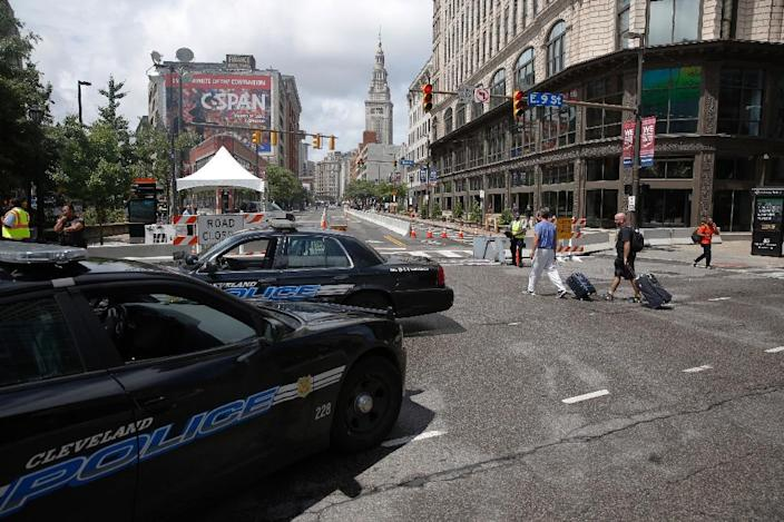 Police cars sit at a checkpoint amid preparations for the arrival of visitors and delegates for the Republican National Convention, on July 16, 2016, in Cleveland, Ohio (AFP Photo/Dominick Reuter)