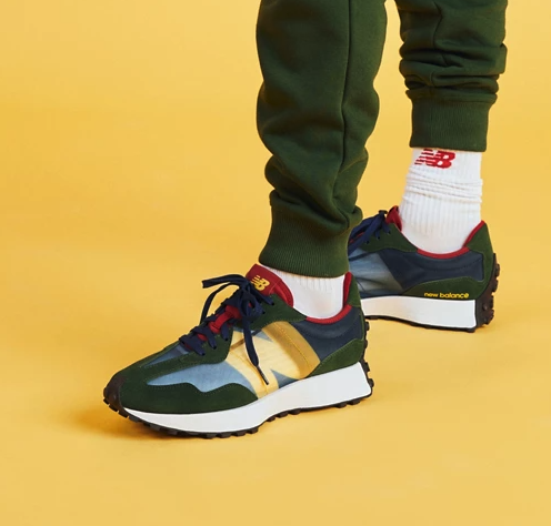 New Balance 327 trainers in navy and red - exclusive to ASOS