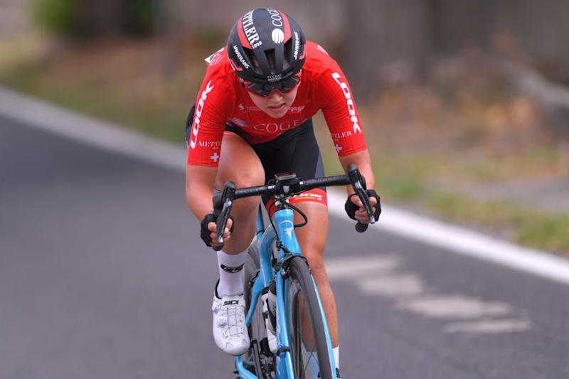 Mariia Novolodskaia (Cogeas Mettler Look Pro Cycling Team) was on the attack late in the race but crashed before the finish line on stage 6 at the Giro Rosa