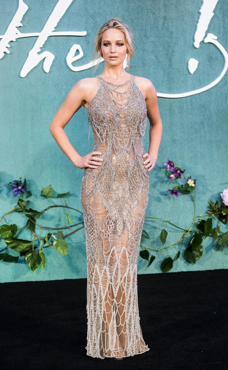 Jennifer Lawrence attends the 'Mother!' UK premiere at Odeon Leicester Square on September 6, 2017 in London, England. (Photo by Samir Hussein/Samir Hussein/WireImage)