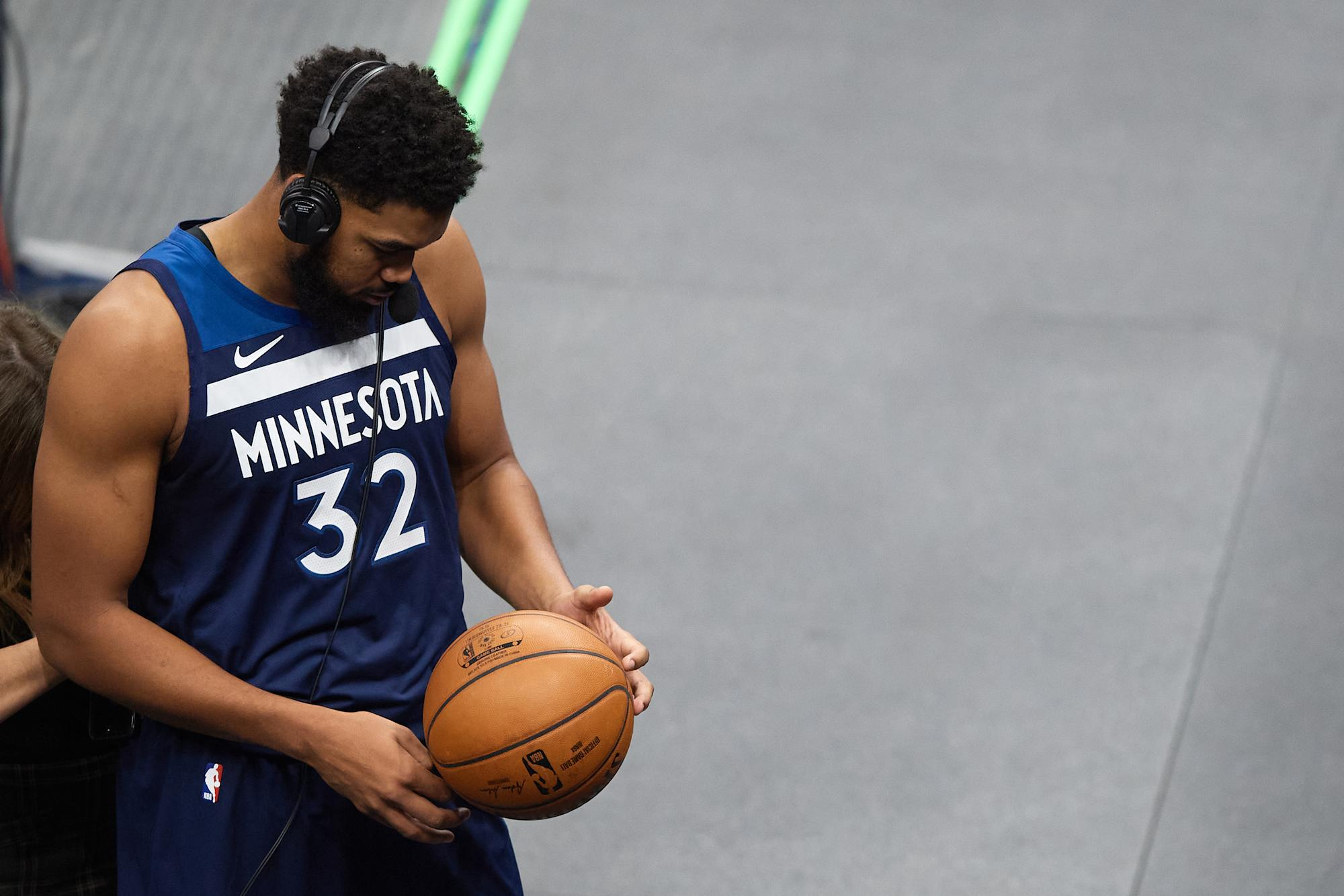 Karl-Anthony Towns says he was 'happy I was alive' after being hit by drunk driver - Yahoo Sports