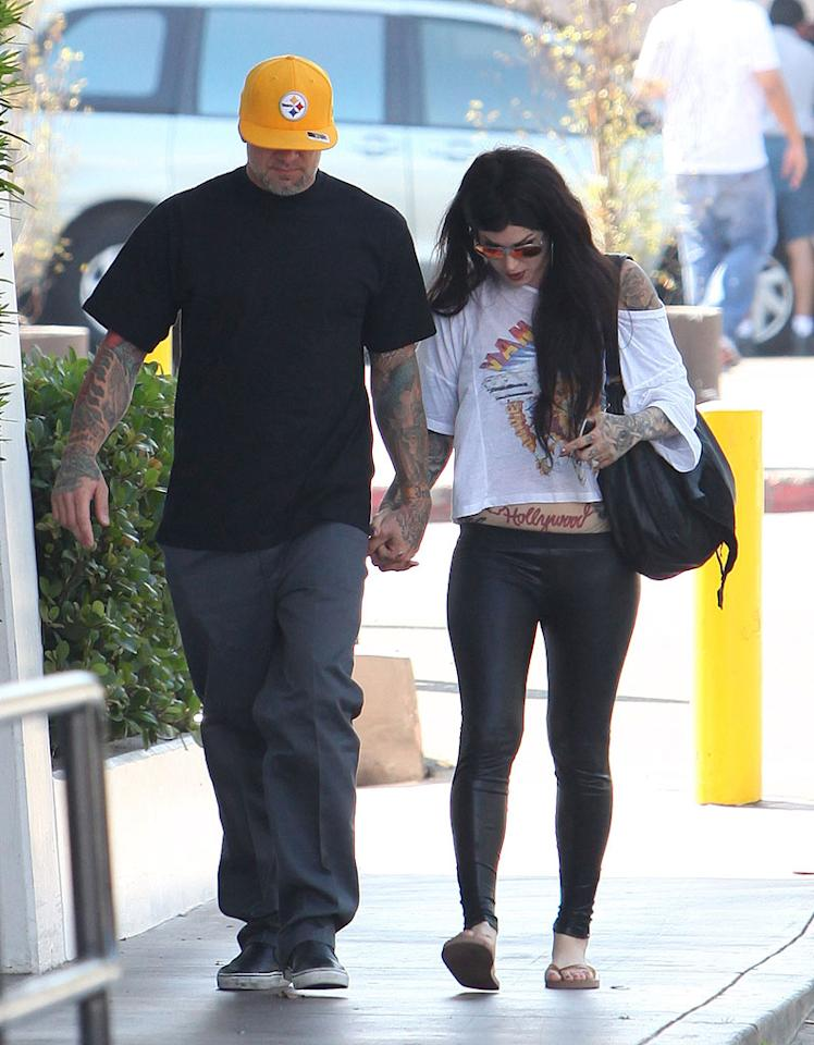 "Tattooed lovebirds Jesse James and Kat Von D kept their heads down while hanging out in West Hollywood, California, over the weekend. Since Jesse now lives in Austin, Texas, do you think their long-distance relationship will survive? <a href=""http://www.infdaily.com"" target=""new"">INFDaily.com</a> - October 3, 2010"