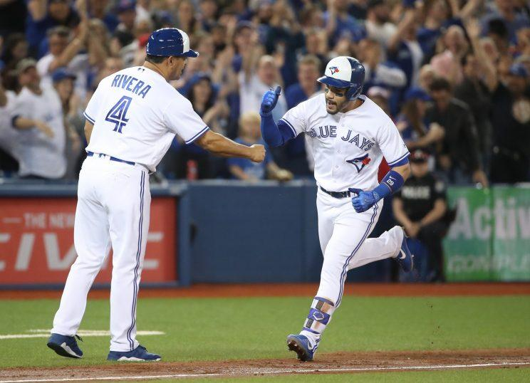 Devon Travis highlights this week's look at fantasy baseball's risers and fallers (Getty)