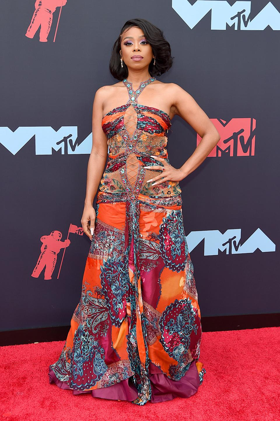 """<h1 class=""""title"""">Shay Johnson</h1><cite class=""""credit"""">Photo: Getty Images</cite>"""