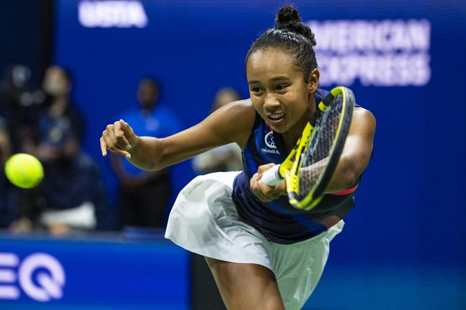 <p>Leylah Fernandez's Ecuadorian father, Jorge Fernandez, is well versed in soccer. He's shared that love of soccer with her since she was a child.</p> <p>Although Leylah began playing tennis when she was 6 years old, her father ended up borrowing his knowledge from soccer to help coach Leylah in tennis when she wanted to play more seriously at 10 years old.</p>