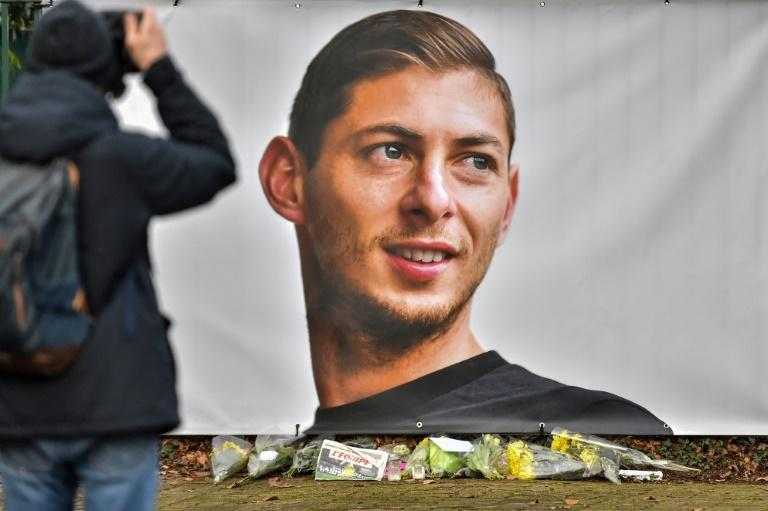 Emiliano Sala's family will mark the year anniversary of the Argentinian striker's death in private quiet contemplation their English lawyer said (AFP Photo/LOIC VENANCE)