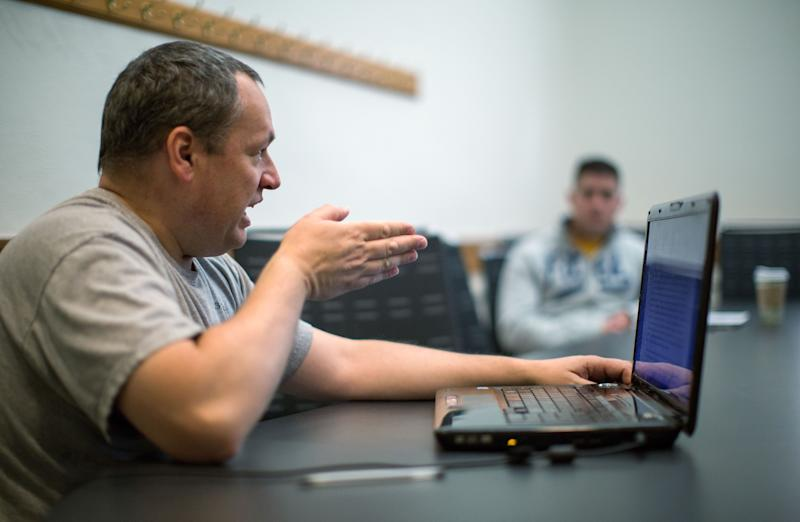 Colleges offer veterans classes to ease transition