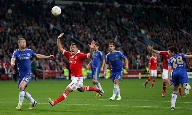 Benfica's Rodrigo Lima (centre) appeals after a handball by Chelsea's Cesar Azpilicueta (right)