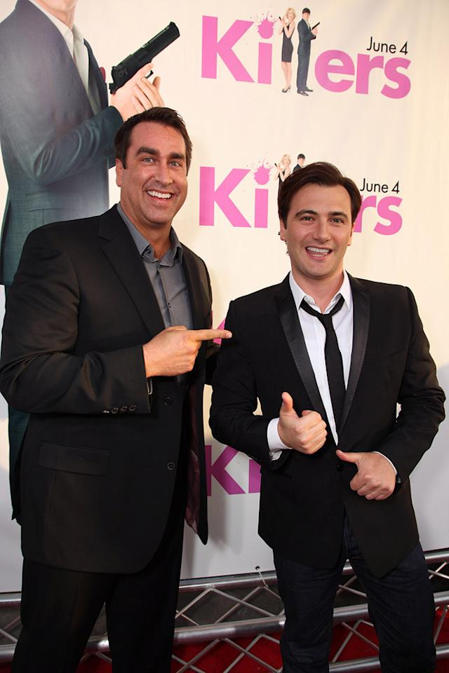 "<a href=""http://movies.yahoo.com/movie/contributor/1808870276"">Rob Riggle</a> and <a href=""http://movies.yahoo.com/movie/contributor/1804857430"">Robert Luketic</a> at the Los Angeles premiere of <a href=""http://movies.yahoo.com/movie/1810076153/info"">Killers</a> - 06/01/2010"