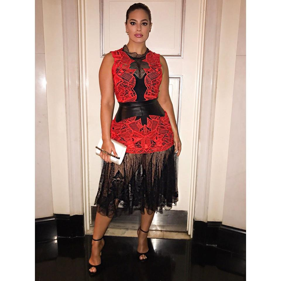 <h2>Ashley Graham in Jonathan Simkhai</h2>                                                                                                                                                                                                                                      <h4>@theashleygraham</h4>