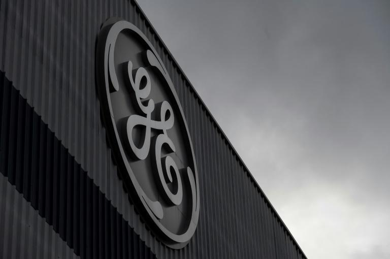 General Electric reported another quarterly loss but said it would be cashflow positive in 2021