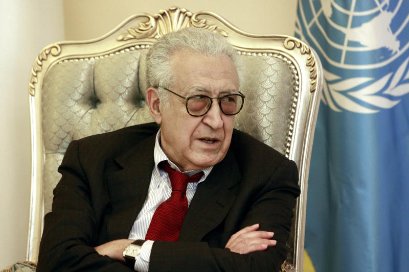 U.N. envoy on Syria, Lakhdar Brahimi speaks to Iraqi Foreign Minister Hoshyar Zebari, unseen, during their meeting in Baghdad, Iraq, Monday, Oct. 15, 2012. (AP Photo/Hadi Mizban)
