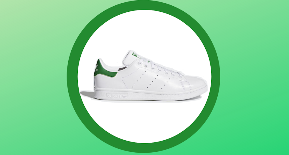 Save 40% on the duchess-approved Stan Smith Sneakers with Adidas Canada's End of Season Sale.