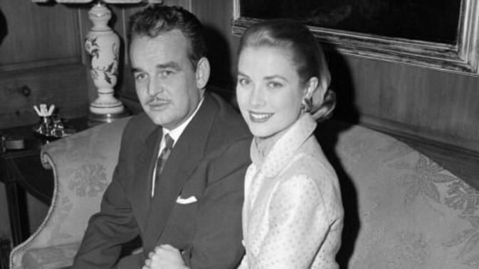 Grace Kelly dan Pangeran Rainier III (AP Photo)