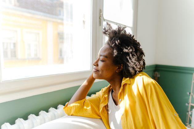 You don't need to devote a ton of time to self-care in order to reap the benefits. Try one of these therapist-approved methods and see your mood improve quickly. (Photo: AleksandarNakic via Getty Images)
