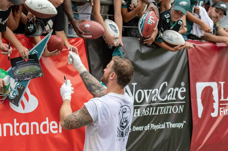 The Philadelphia Eagles will open their training camp for one practice this year, which means that the autograph lines could be long. (Getty Images)