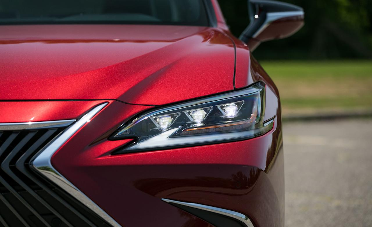 """<p>Calling <a href=""""https://www.caranddriver.com/lexus/es"""" target=""""_blank"""">the 2019 Lexus ES350</a> a rolling Xanax pill is a compliment, not a jab. This is a sedan perfected in the arts of isolating its occupants from the turbulent world beyond its glass and metal confines, yet thanks to Lexus's recent push to inject some verve in its products, it won't bore you to death doing so.</p>"""