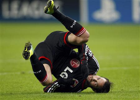 Bayer Leverkusen's Gonzalo Castro falls on the ground during their Champions League Group A soccer match against Manchester United at the BayArena in Leverkusen November 27, 2013. REUTERS/Ina Fassbender