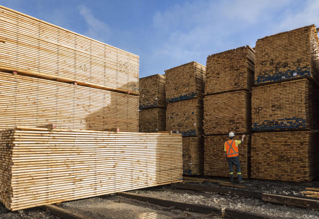 The rising costs of materials like softwood lumber are burdening homebuilders as they try to keep up with continued demand in 2018.