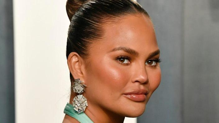 Chrissy Teigen issued a lengthy apology on Instagram and Medium.com for online bullying after she faced the accusations from several people. (Photo by Frazer Harrison/Getty Images)