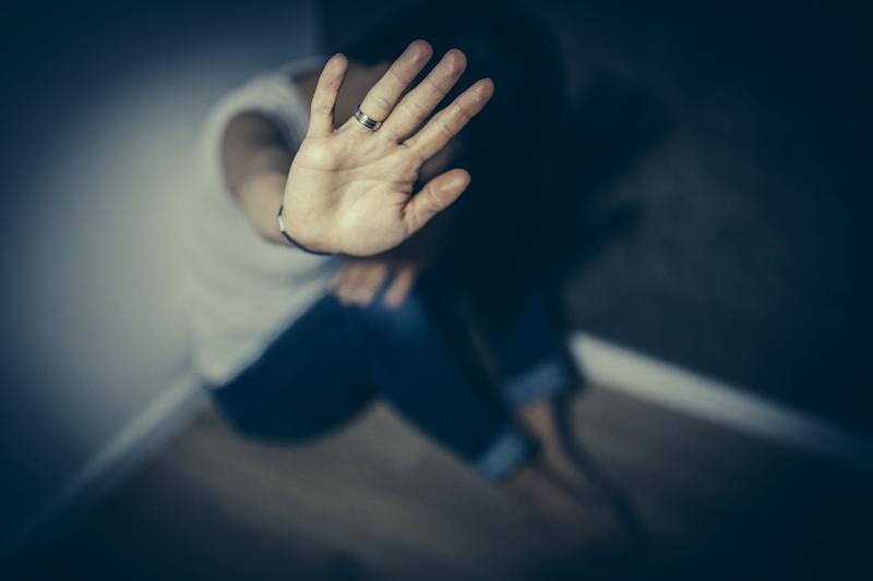 An abused woman trying to defend herself (Photo: South_agency via Getty Images)