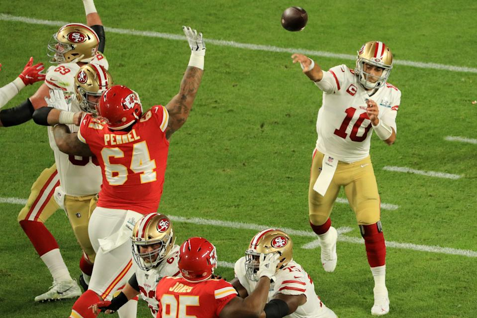 Jimmy Garoppolo of the San Francisco 49ers passes in the first quarter of Super Bowl LIV against the Kansas City Chiefs. (Photo by Mike Ehrmann/Getty Images)