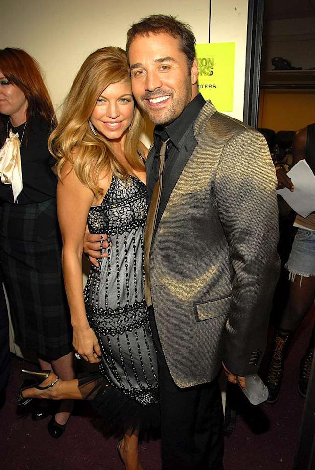 "Fergie gets flirty with the host of this year's Fashion Rocks: Jeremy Piven. Kevin Mazur/<a href=""http://www.wireimage.com"" target=""new"">WireImage.com</a> - September 6, 2007"
