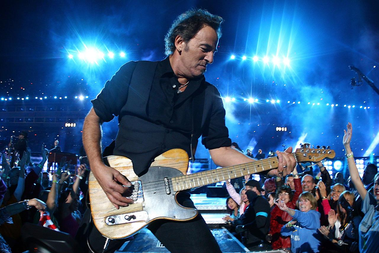 Bruce Springsteen and the E Street Band  perform at the Bridgestone halftime show during Super Bowl XLIII between the Arizona Cardinals and the Pittsburgh Steelers on February 1, 2009 at Raymond James Stadium in Tampa, Florida.  (Photo by Jamie Squire/Getty Images)