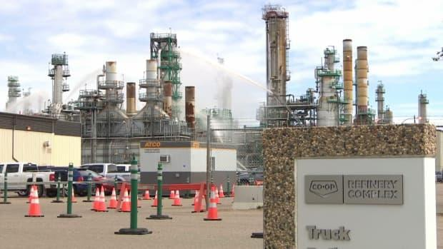 The Co-op Refinery Complex (CRC) is currently dealing with a COVID-19 outbreak. There have a been a total of 20 cases at the plant since the end of March, a CRC spokesperson said. (Matt Duguid/CBC - image credit)