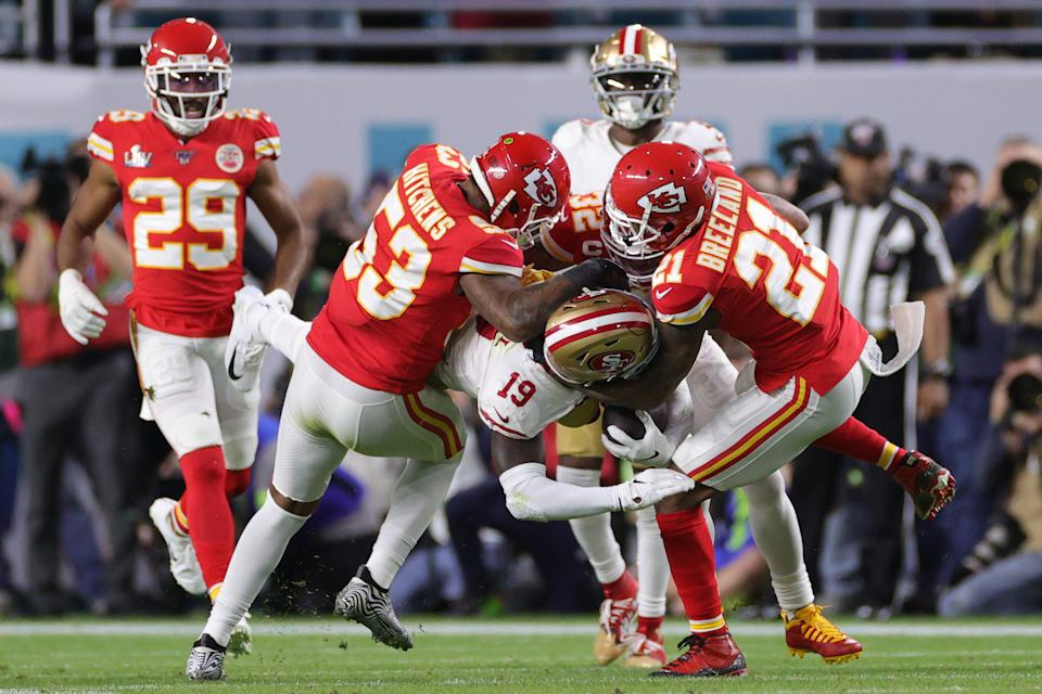 MIAMI, FLORIDA - FEBRUARY 02: Deebo Samuel #19 of the San Francisco 49ers is tackled against the Kansas City Chiefs during the first quarter in Super Bowl LIV at Hard Rock Stadium on February 02, 2020 in Miami, Florida. (Photo by Jamie Squire/Getty Images)