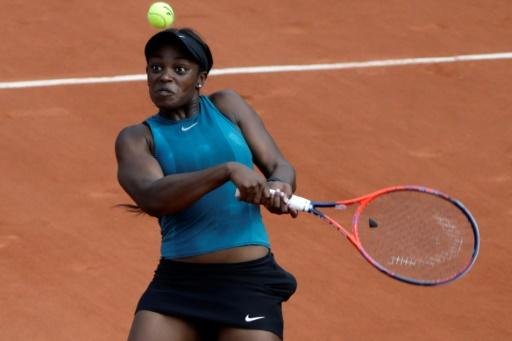 Sloane Stephens brushed aside Anett Kontaveit for the loss of just two games