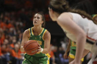 Oregon's Sabrina Ionescu (20) prepares to take a free throw with 17 seconds left on the clock during an NCAA college basketball game against Oregon State in Corvallis, Ore., Sunday, Jan. 26, 2020. (AP Photo/Amanda Loman)