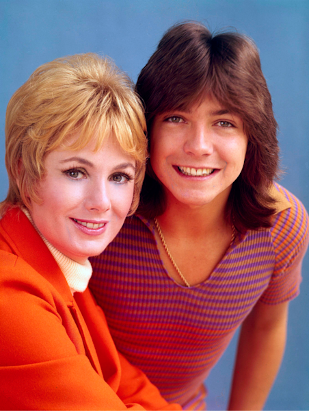 Jones played Cassidy's mom on 'The Partridge Family' and was his stepmom in real life.