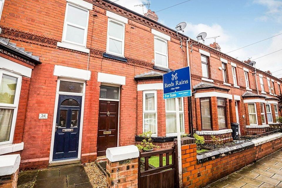 """<p>Over in Chester, this three-bedroomed terraced house has two reception rooms, a rear garden with a shed and stacks of potential to be modernised. </p><p><a href=""""https://www.zoopla.co.uk/for-sale/details/54474859/"""" rel=""""nofollow noopener"""" target=""""_blank"""" data-ylk=""""slk:This property is currently for sale for £200,000 with Reeds Rains via Zoopla."""" class=""""link rapid-noclick-resp"""">This property is currently for sale for £200,000 with Reeds Rains via Zoopla.</a><br></p><p><strong>Like this article? <a href=""""https://hearst.emsecure.net/optiext/cr.aspx?ID=zsATrj4qAwL7PXfHOfbti0xjie5wOfecvOt8e1A3WvL5x0TsMrTgu8waUpN%2BcCNsV3wq_zCaFTleze"""" rel=""""nofollow noopener"""" target=""""_blank"""" data-ylk=""""slk:Sign up to our newsletter"""" class=""""link rapid-noclick-resp"""">Sign up to our newsletter </a>to get more articles like this delivered straight to your inbox.</strong><a class=""""link rapid-noclick-resp"""" href=""""https://hearst.emsecure.net/optiext/cr.aspx?ID=zsATrj4qAwL7PXfHOfbti0xjie5wOfecvOt8e1A3WvL5x0TsMrTgu8waUpN%2BcCNsV3wq_zCaFTleze"""" rel=""""nofollow noopener"""" target=""""_blank"""" data-ylk=""""slk:SIGN UP"""">SIGN UP</a></p><p><strong>Looking for some positivity? Get </strong><strong>Country Living</strong><strong> magazine posted through your letterbox every month. </strong><a class=""""link rapid-noclick-resp"""" href=""""https://go.redirectingat.com?id=127X1599956&url=https%3A%2F%2Fwww.hearstmagazines.co.uk%2Fcl%2Fcountry-living-magazine-subscription-website&sref=https%3A%2F%2Fwww.countryliving.com%2Fuk%2Fhomes-interiors%2Fproperty%2Fg35967929%2Frenovation-houses-for-sale-zoopla%2F"""" rel=""""nofollow noopener"""" target=""""_blank"""" data-ylk=""""slk:SUBSCRIBE NOW"""">SUBSCRIBE NOW </a></p>"""